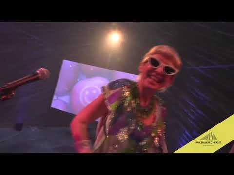 FINISSAGE ZUR AUSSTELLUNG In My Room – Performance von FELI&PEPITA