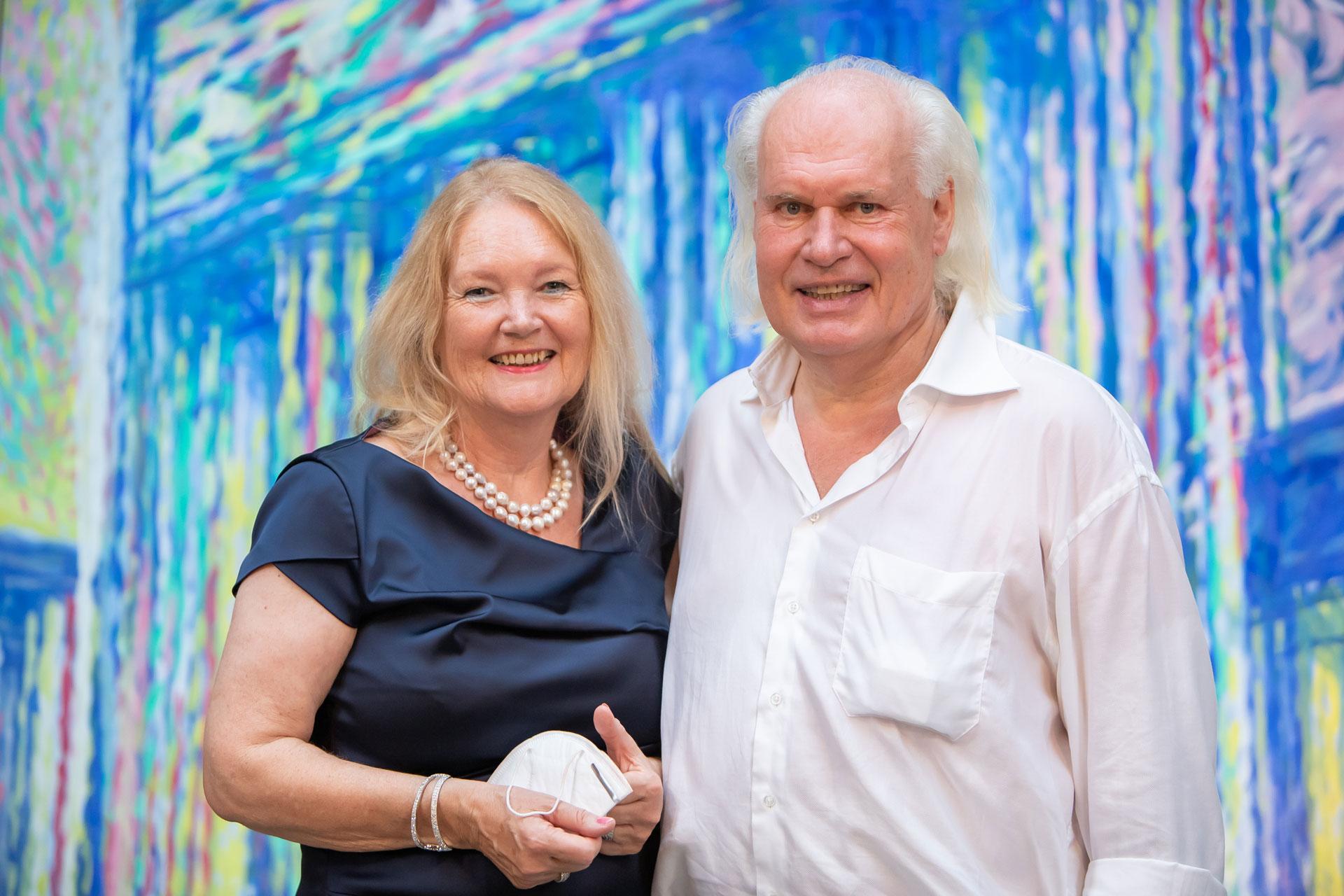 Rolf Lukaschewski und seine Frau Monika bei ihrer Ausstellungseröffnung 2020 in der Kulturkirche Ost in Köln